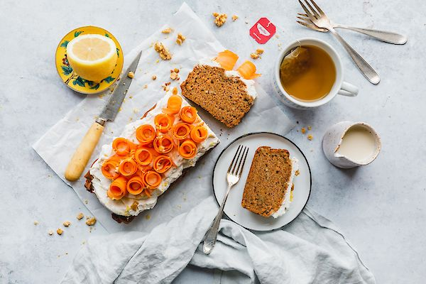 Moist Carrot Cake with Ginger and Lemon